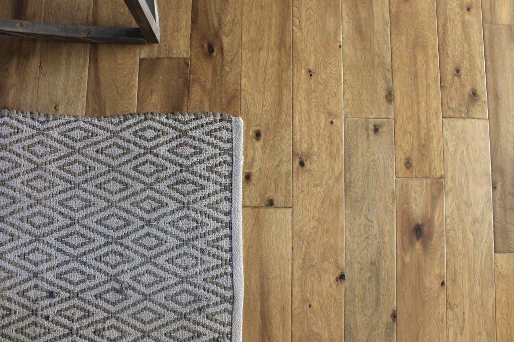Hardwood Cr Carpet